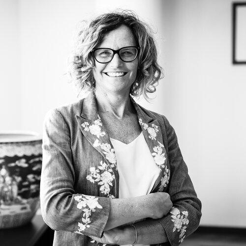 Elena Bottinelli inspiring firfty